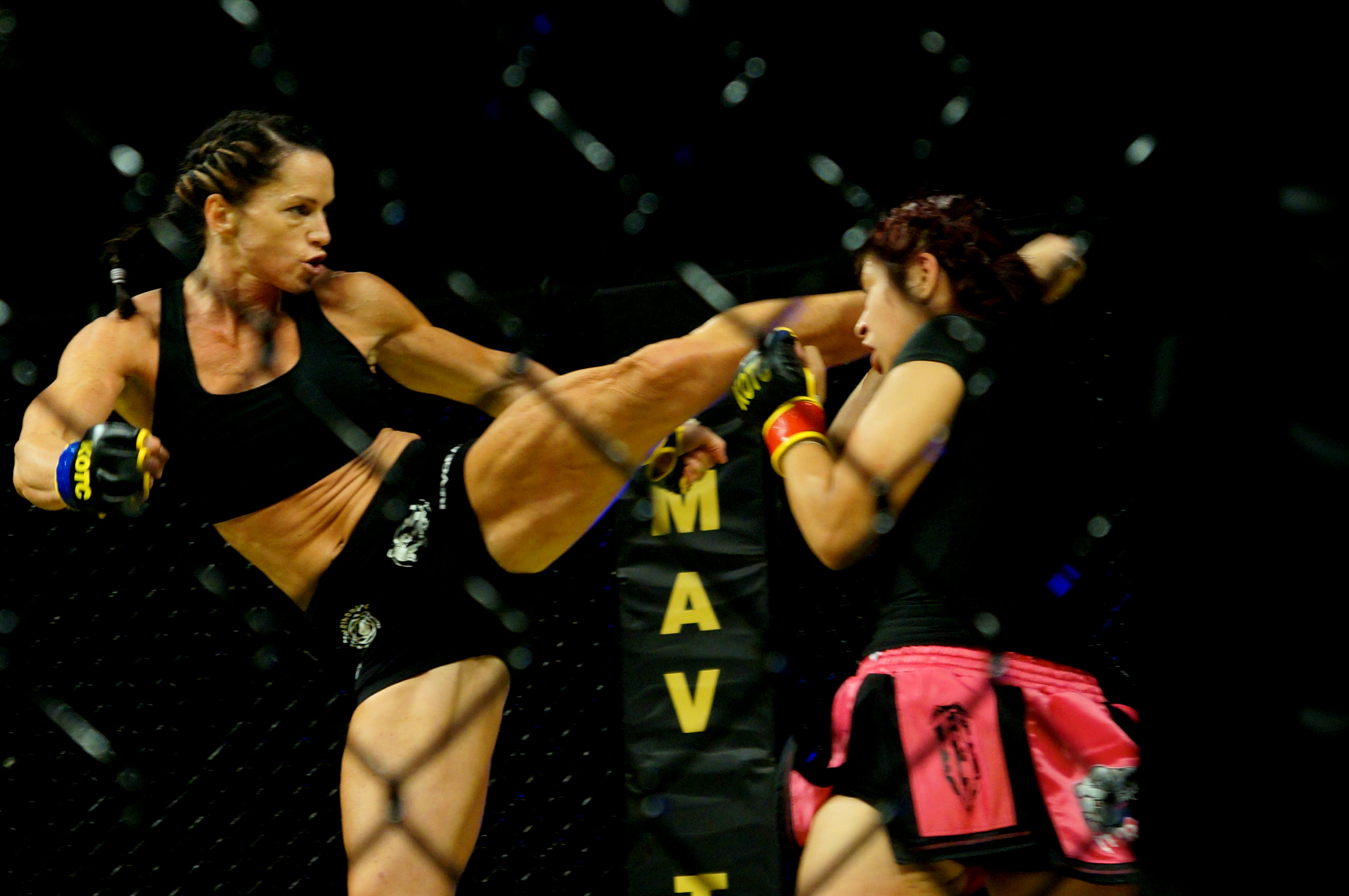 Debbie Lovas VS Dona Garza (8)