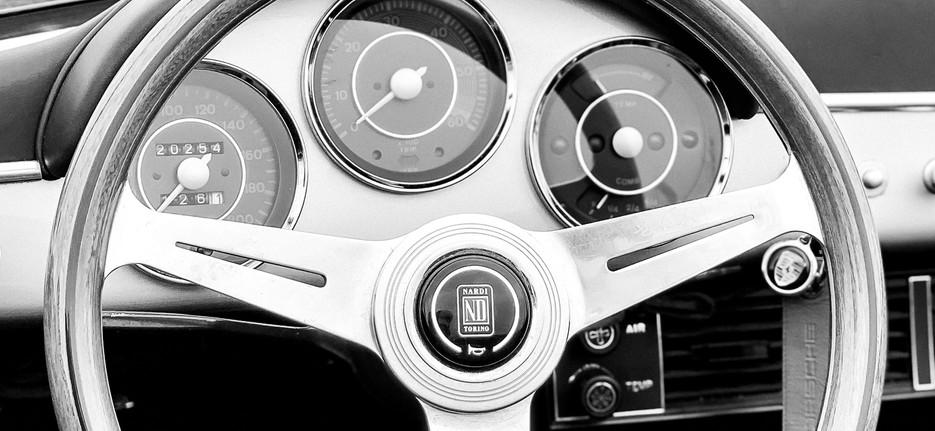Porsche 356 Speedster - Nardi steering wheel