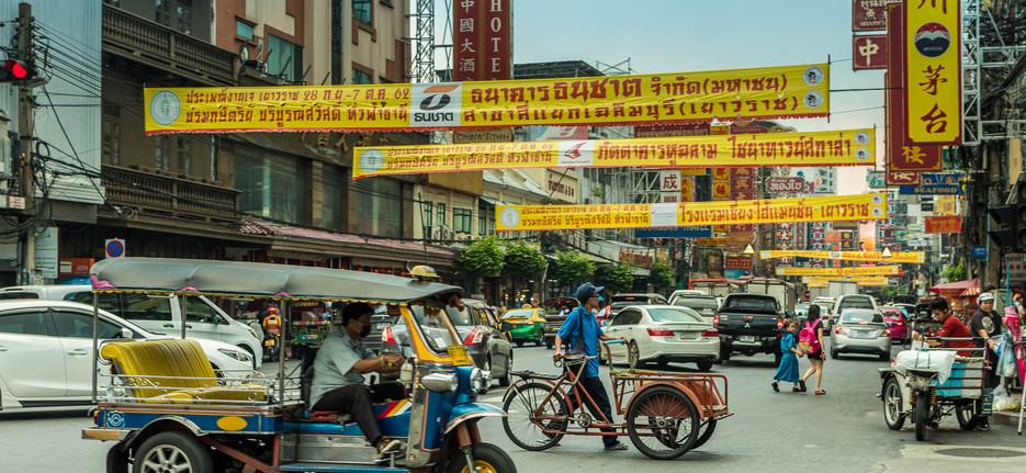 Crossing the road, Chinatown Bangkok