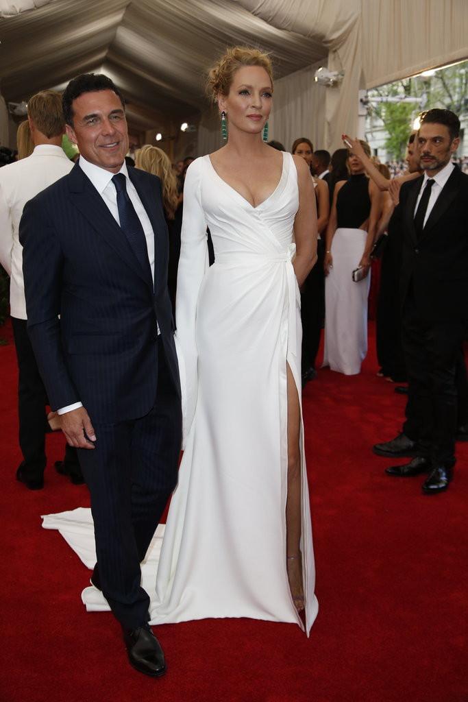 Andre Balaza & Ama Thurman in  Atelier Versace..jpg