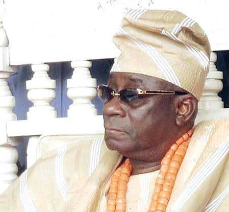 Palace of Oba of Lagos Gives A 24-Hour Ultimatum To Thugs Who Stole The Oba's Staff of Office