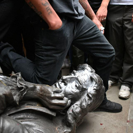 UK Protesters Topple Statue of Edward Colston