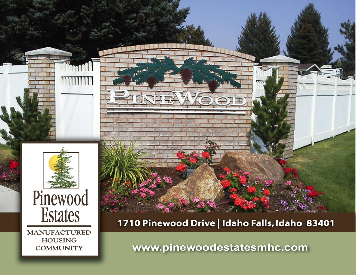 Entrance to Pinewood Estates MHC