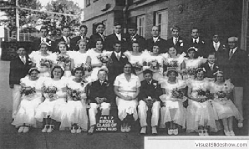 1935_graduating_class_p.s.17