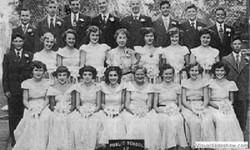 1952_graduating_class_p.s.17