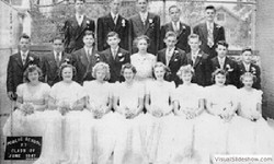 1947_graduating_class_p.s.17