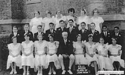 1934_graduating_class_p.s.17