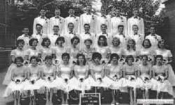 1960_graduating_class_p.s.17