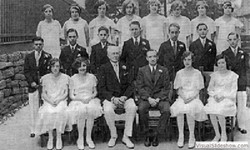 1930_graduating_class_p.s.17