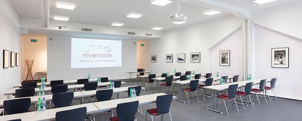 Rhein-3-Seminarraum-im-Hotel-riverside-Glattfelden-Zürich-Seminarhotel-Kongresshotel-Tagun
