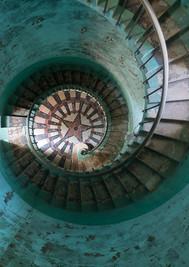 PA131339_ImageTrip-escaliers phares.jpg