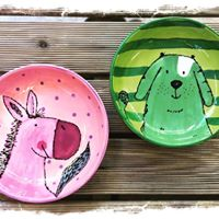 two kids plate w critters