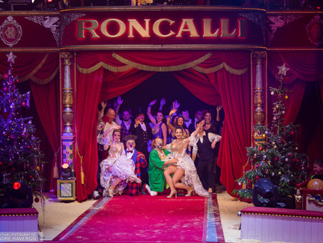 Große Galapremiere vom Weihnachtscircus Roncalli 2018 in Osnabrück.