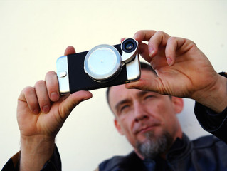 Ztylus 外接鏡頭保護殼,瞬間變專業相機!