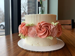floral cake with edge flowers.JPEG