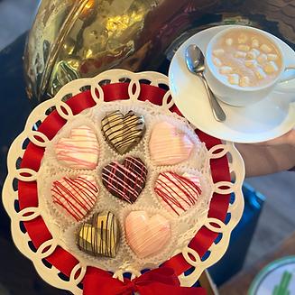 heart hot chocolate bombs w hot chocolat