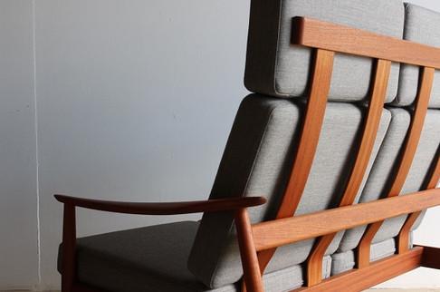Highback Sofa / Arne Vodder