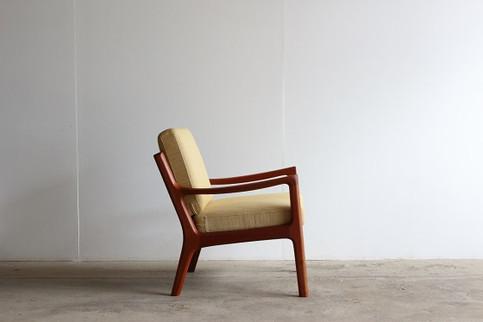 Easy Chair / Ole Wanscher