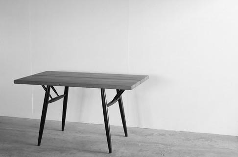 Pirkka Table / Ilumari Tapiovaara