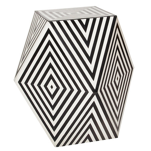 NIL ACCENT TABLE