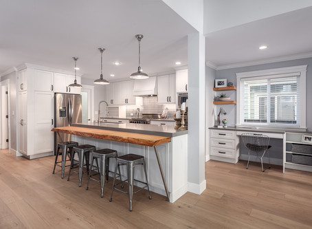 WAYS TO INCORPORATE RECLAIMED WOOD INTO YOUR HOME