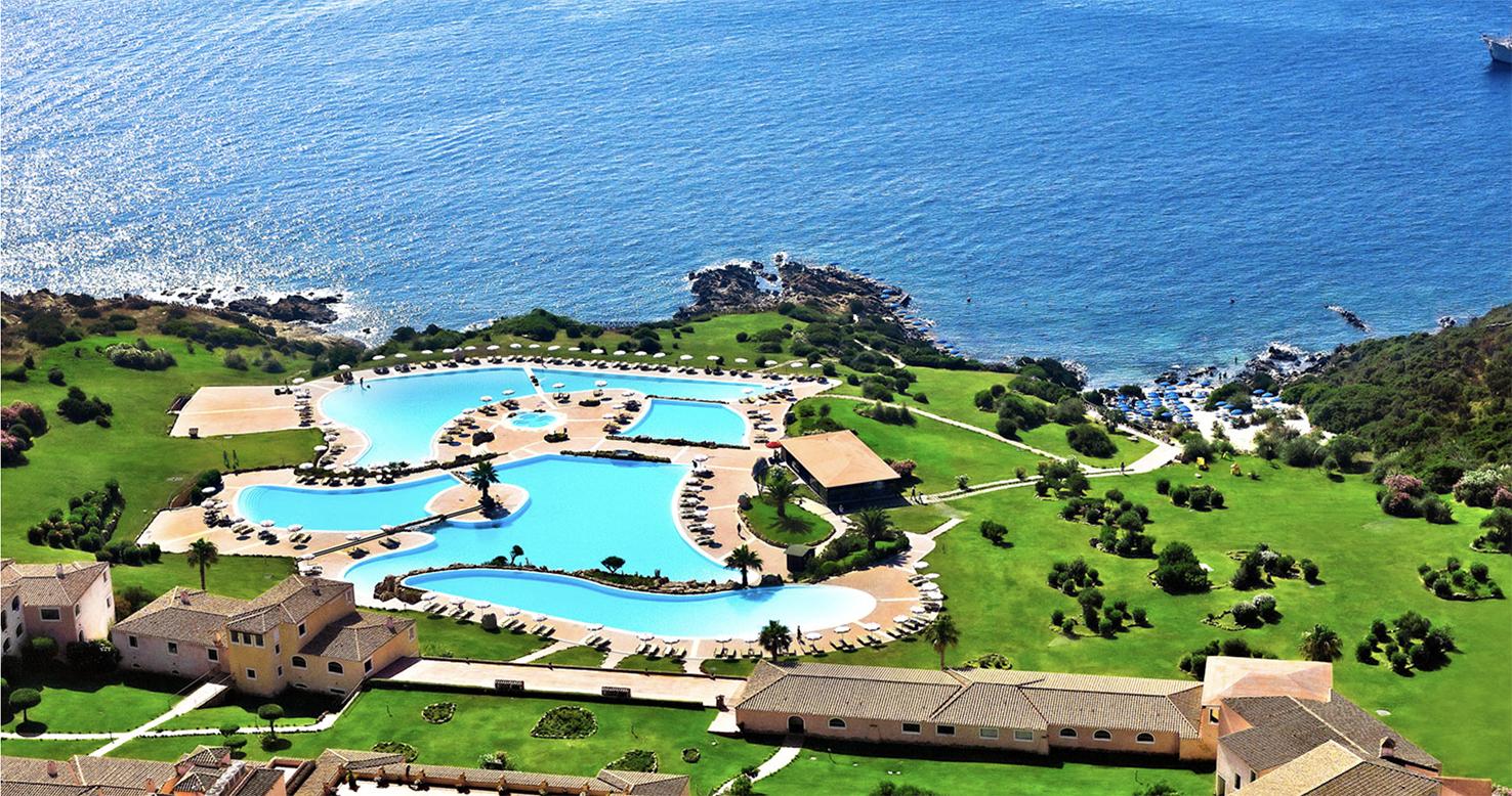 Colonna_Resort_Poollandschaft_web