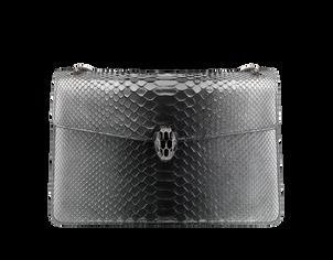 """""""Serpenti Forever"""" Schultertasche aus schwarzem und silberfarbenem """"Glam"""" Pythonleder, mit ikonischem Schlangenkopf-Verschluss aus Messing, mit schwarzem Emaille und Augen aus Onyx. Preis ca. 4.100 Euro."""