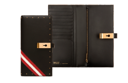 """Schwarzes Damenportmonaie """"Amy"""" von Bally im Kontinentalformat aus schwarzem Kalbsleder mit roten und goldenen Details. Preis ca. 430 Euro."""