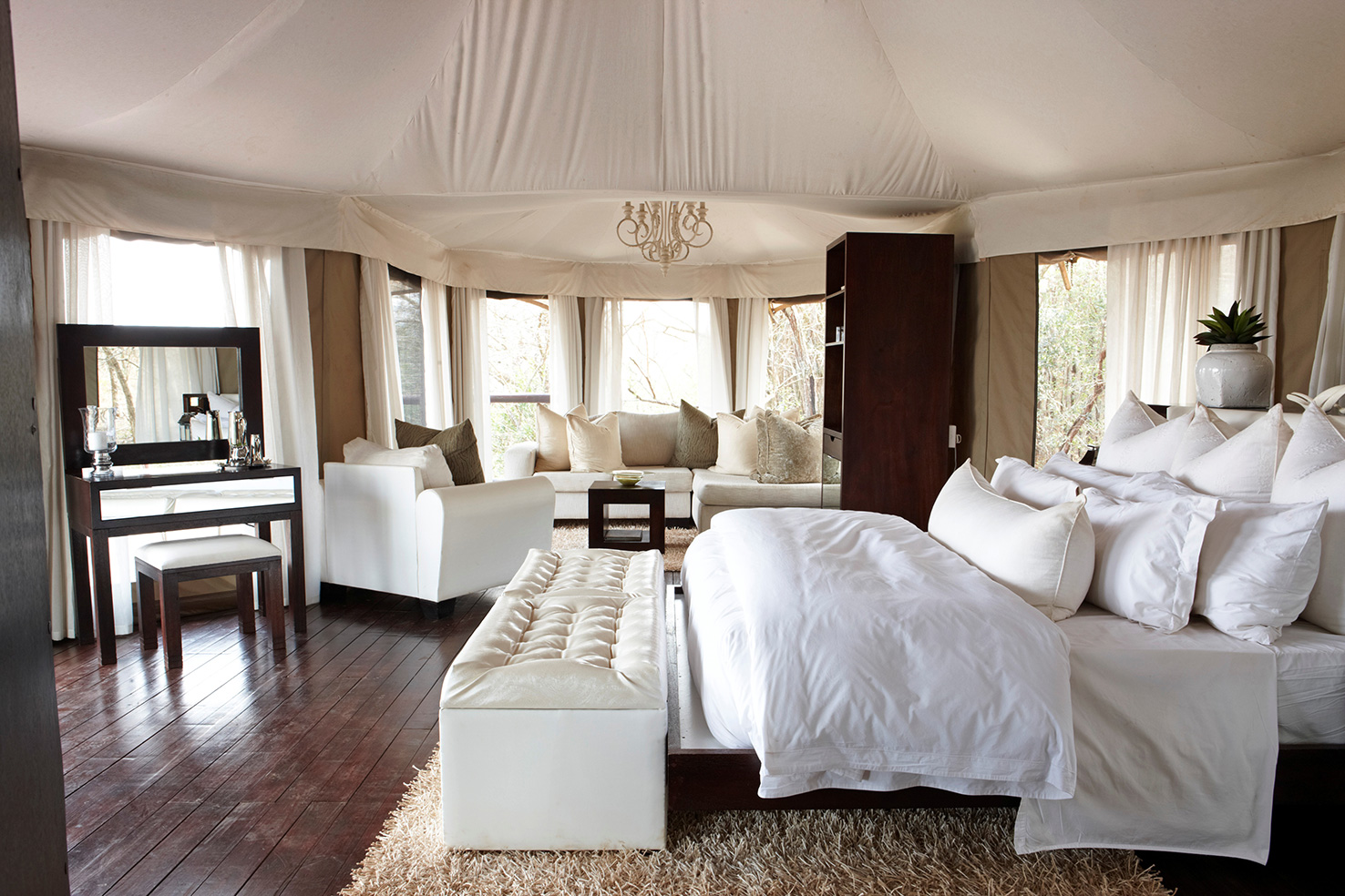 Thanda_Tented-Camp_Jabula_Tent_SZ_web