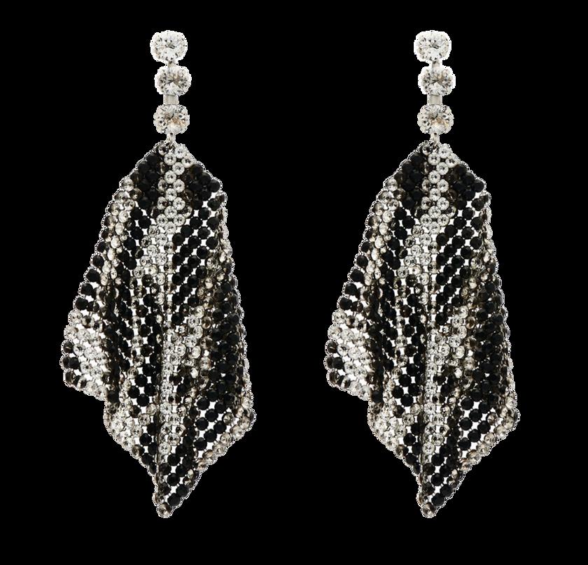 """Lange """"New Nile"""" Mesh-Ohrringe von Isabel Marant aus Messing, mit Swarovskikristallen, im Leoparden-Muster angeordnet. Preis ca. 390 Euro."""