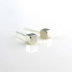 【麻吉】方塊耳環