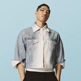Modelo masculino asiático