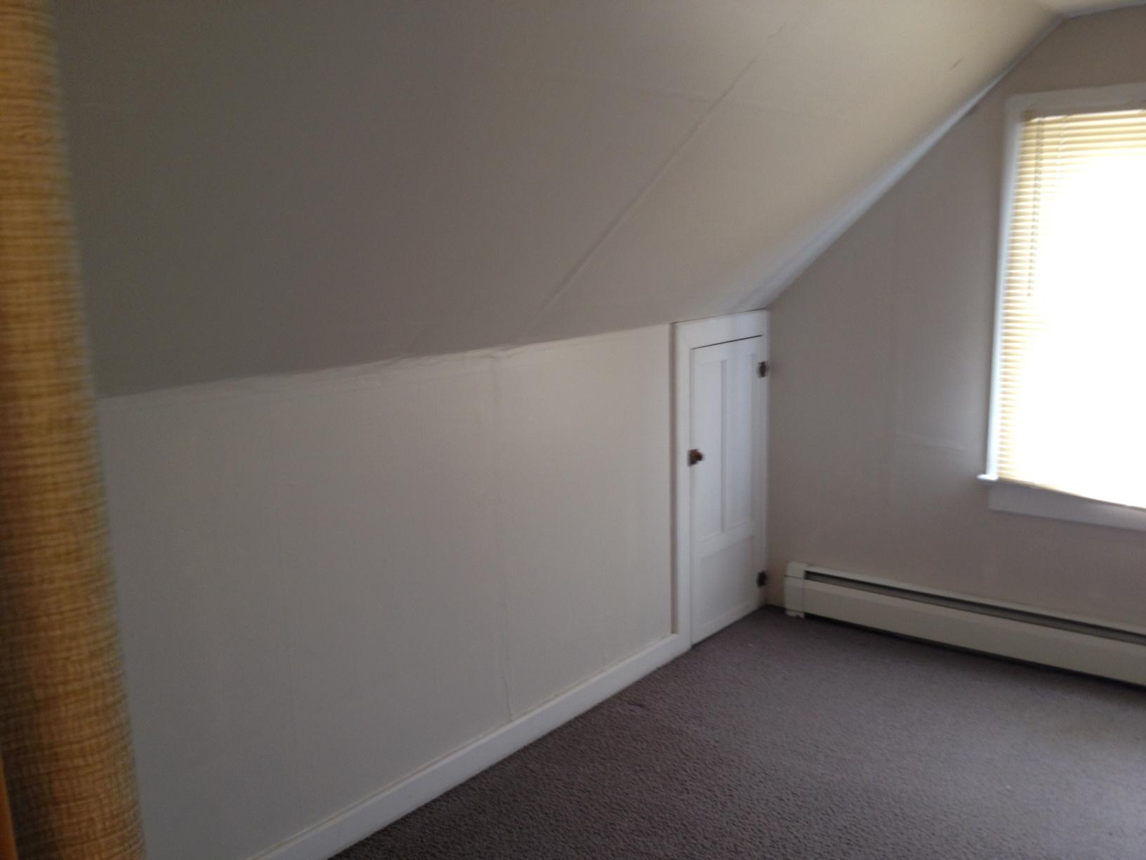 Upstairs 04