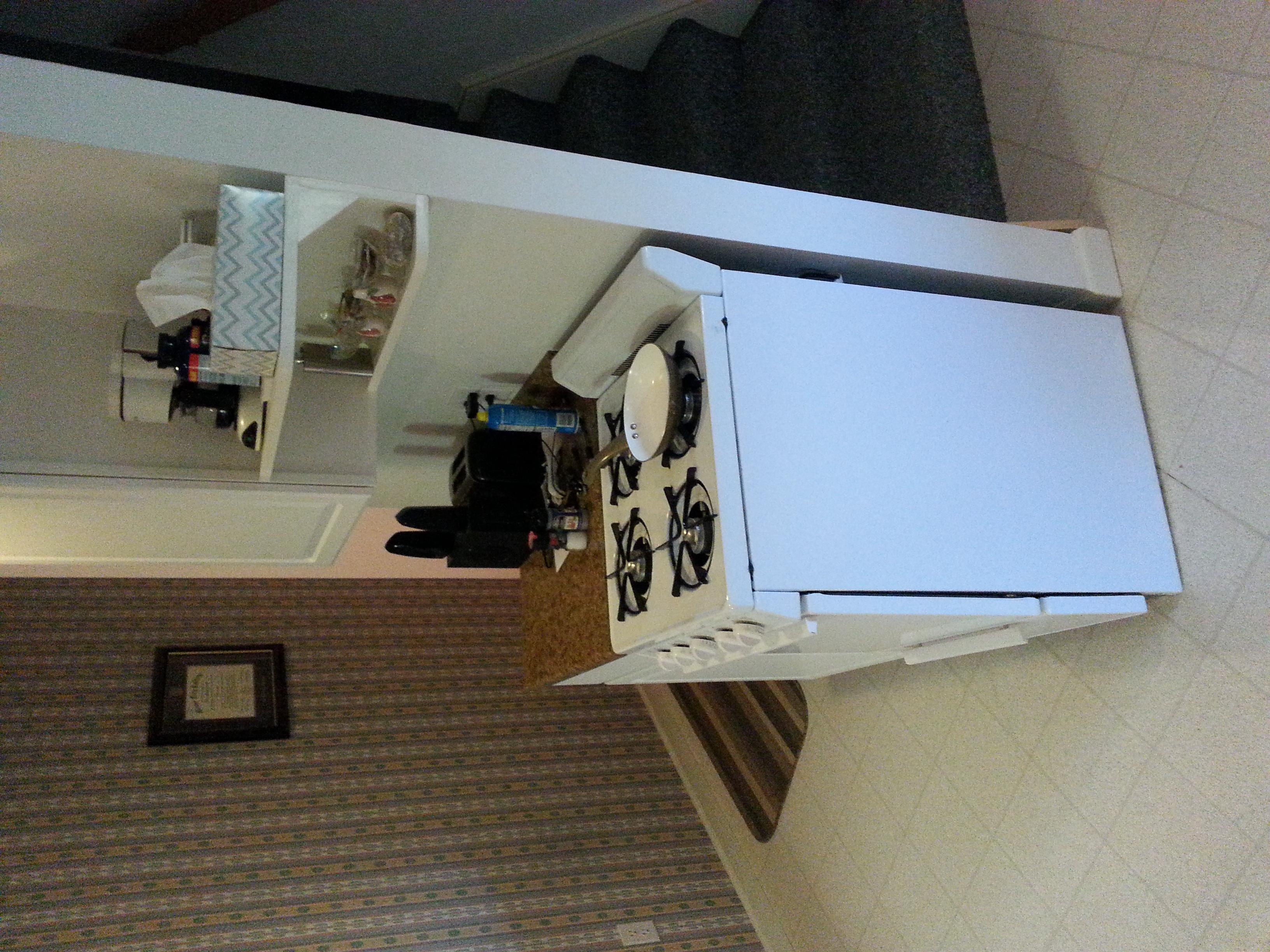 Kitchen 02