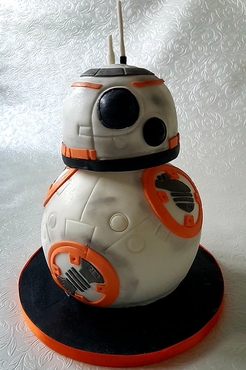 sci fi character cake