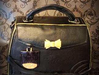 Handbag cake you can carry