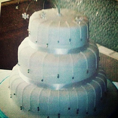 Serenity wedding cake