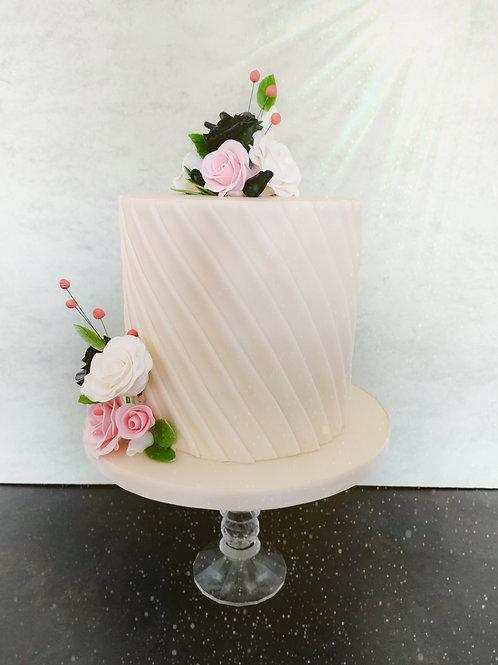 Vintage in White mini wedding cake