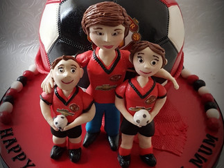 FOOTIE CAKE AND FIGURE...