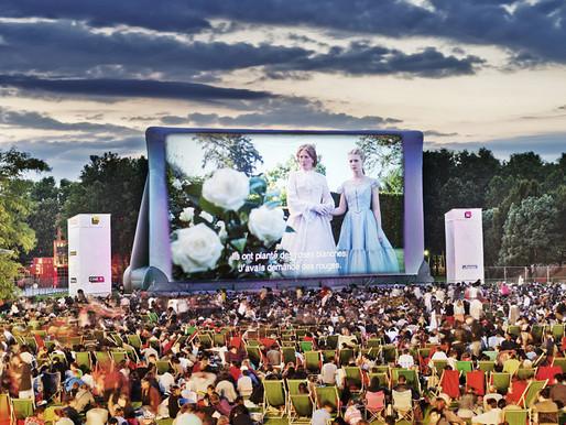 Cine entre la naturaleza y la arquitectura moderna del Parc de La Villette