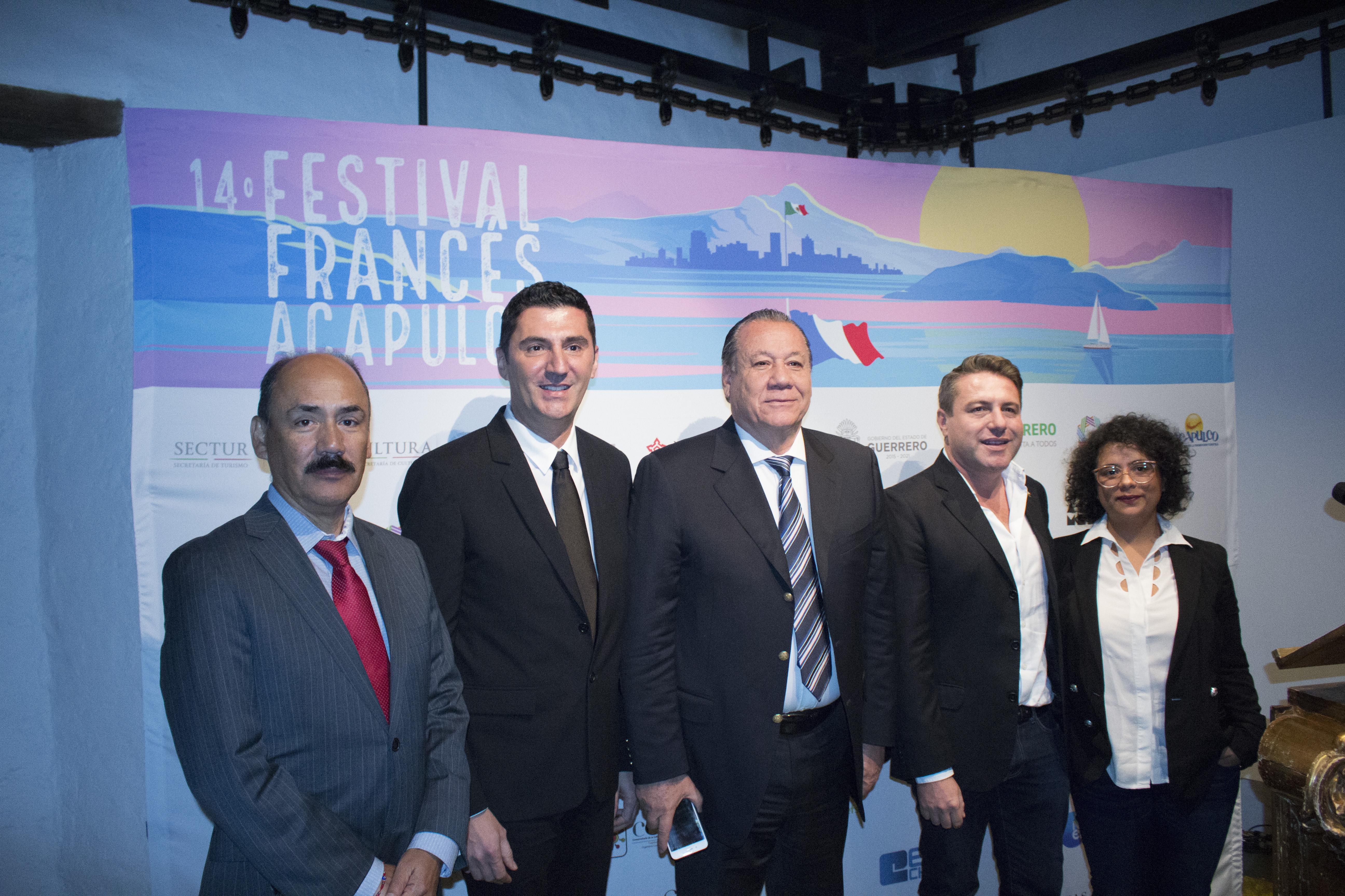 Panel de la conferencia de prensa