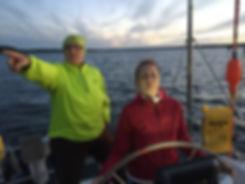 Steuern lernen auf dem Schiff und in Partnerschaft und Beruf