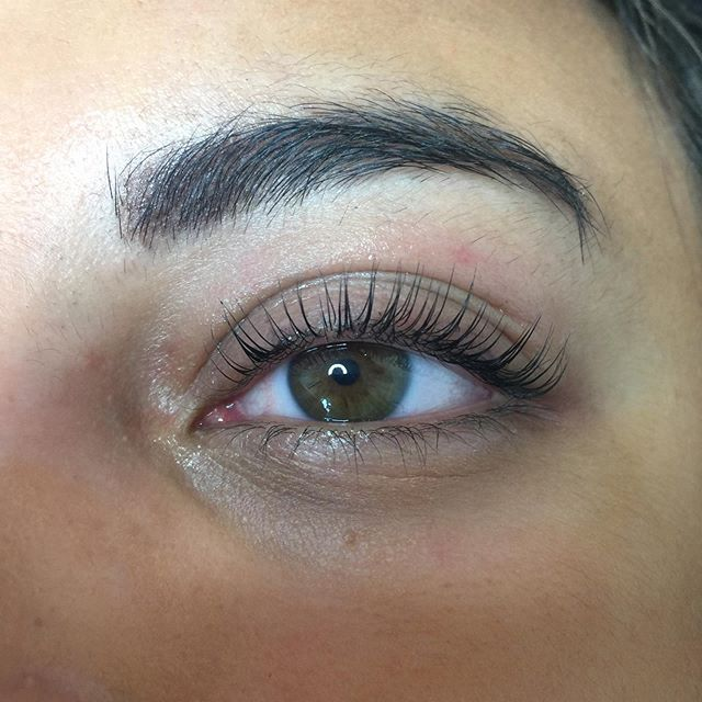 Dreamy lash lifts
