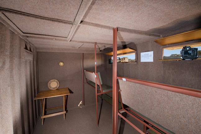underground_hide_interior_olwen_evans.jp