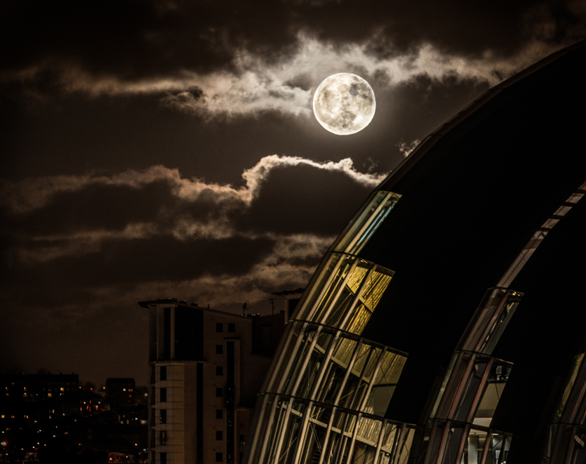tyne-by-night4-Trai Anfield_Enlightened