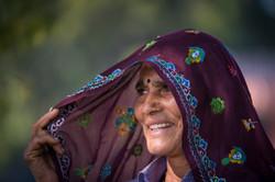 woman shawl Ranthambore_WEB-2524