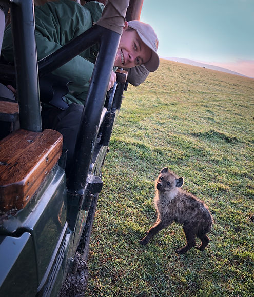 MPCP 2020 Mads & baby hyena Mara North-2