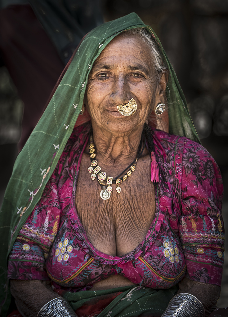 village woman near Rohat Ghar Jodhpur-40