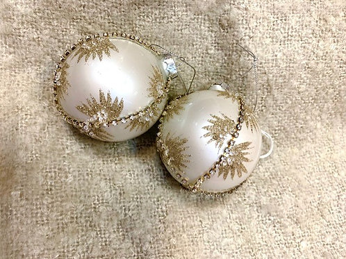 Pearl and Gold Glass Bauble