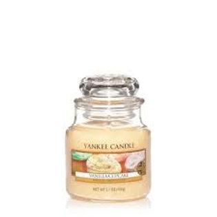 Yankee Candle Small Vanilla Cupcake